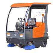 LCJ-60QD型路驰洁清扫车